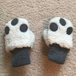 Baby gap furry mittens